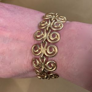 Vintage Erwin Pearl Matte Gold Bracelet
